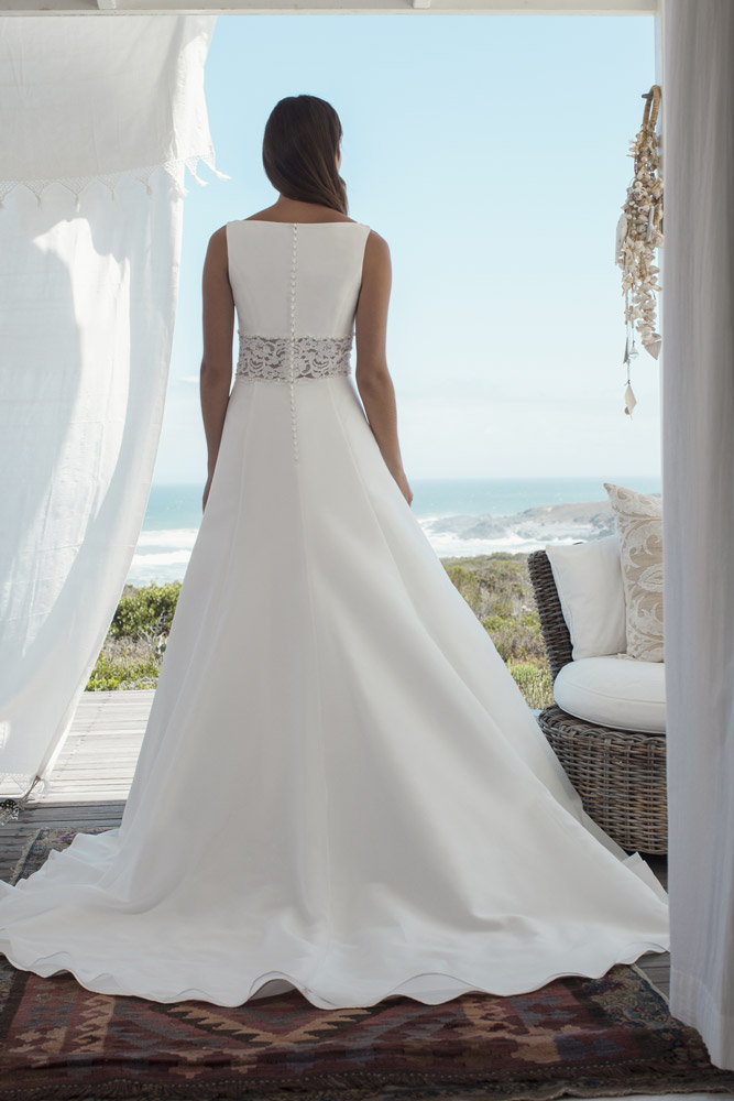 Marylise_2015_Boesckens_Brautkleid_Monaco_back