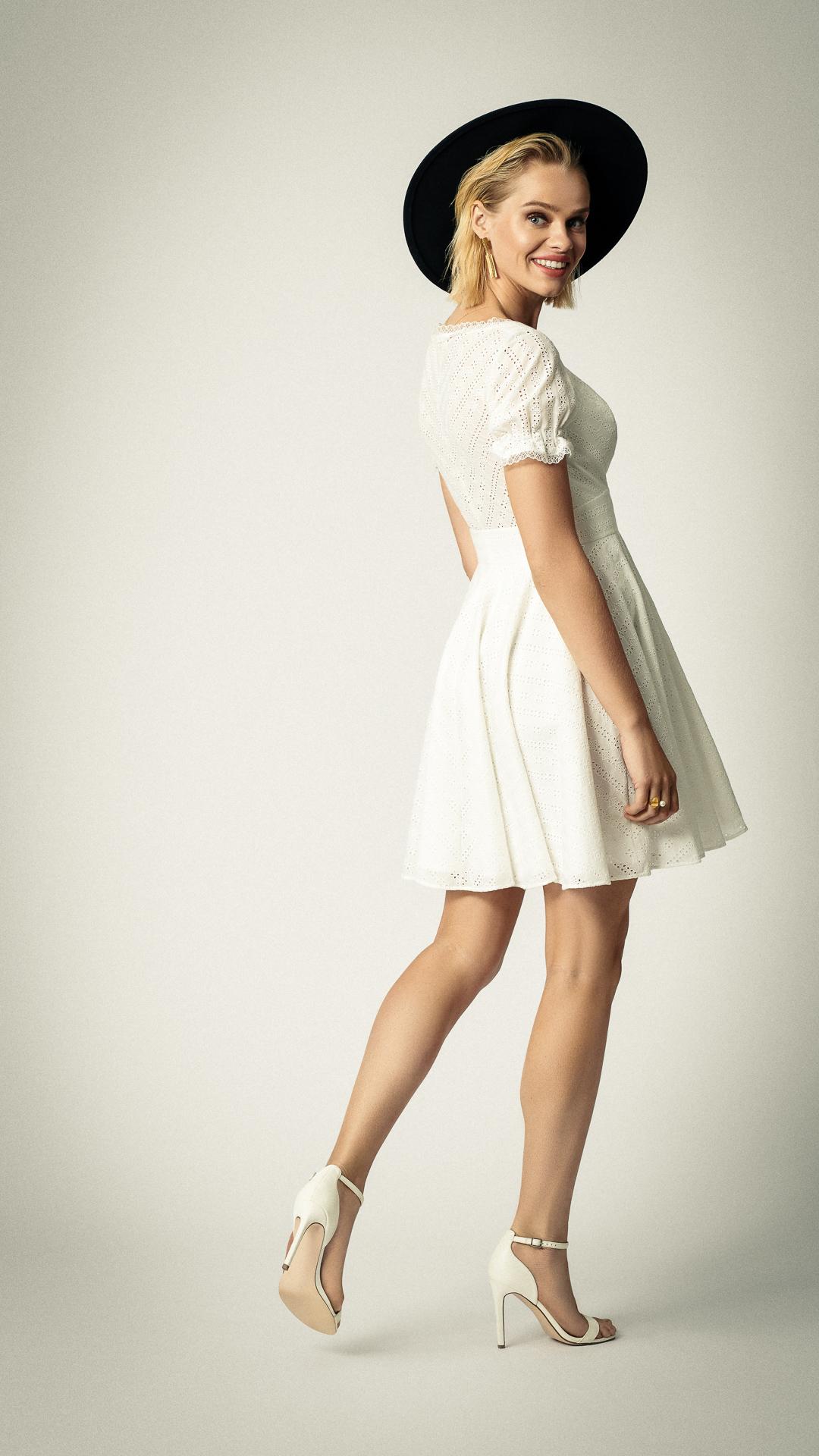 Rembo-Styling-2020-Pretty-little-dress-2-hr