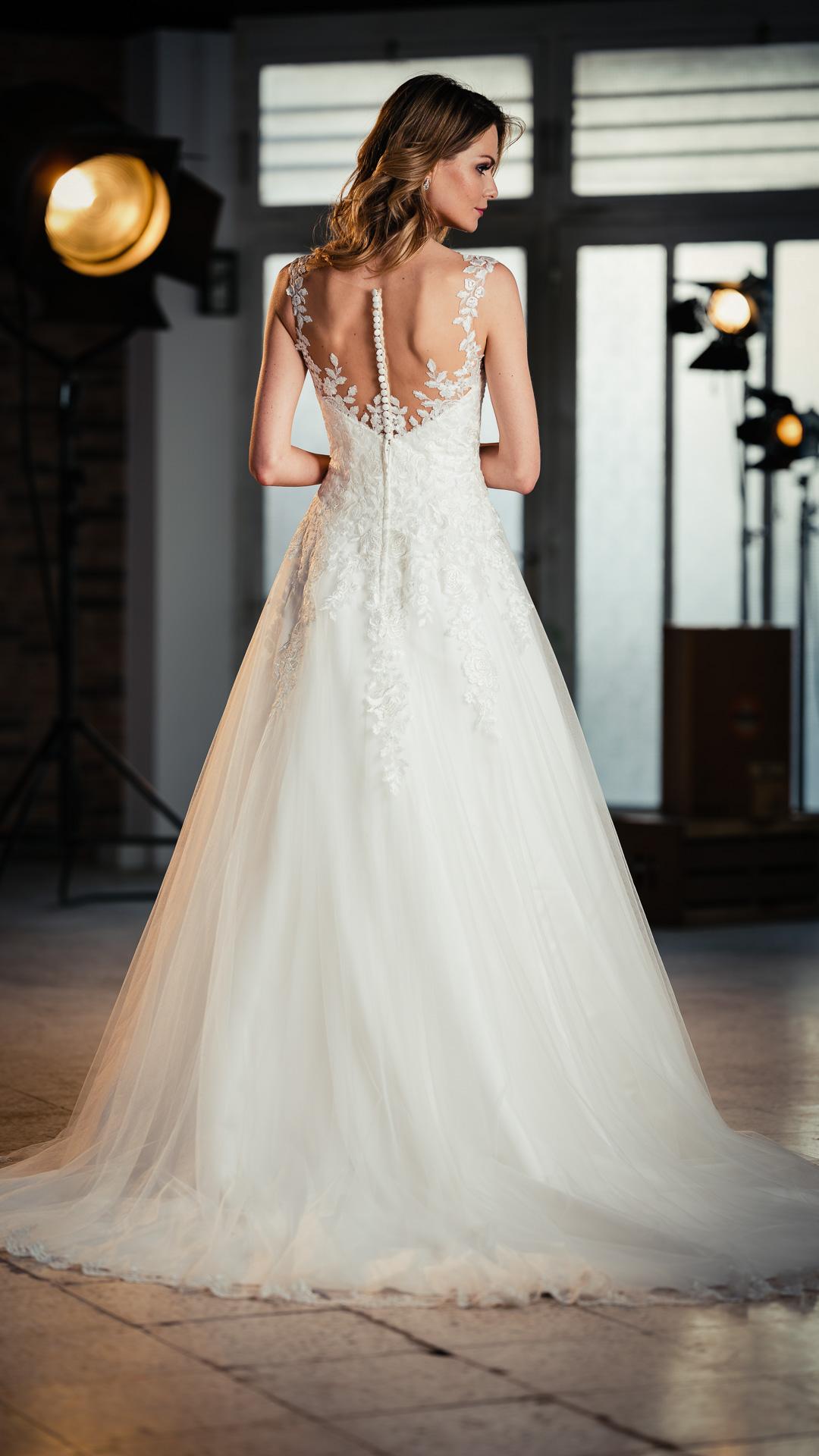 Kollektion 2021 Brautkleid 6698 von DMY