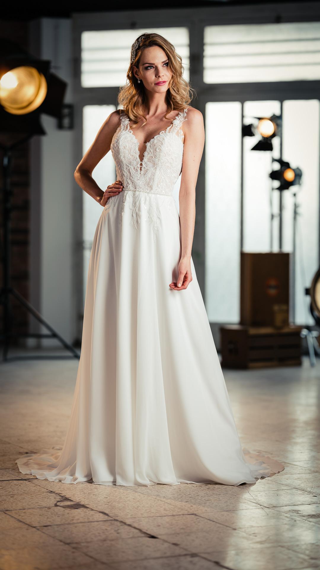 Kollektion 2021 Brautkleid 6709 von DMY