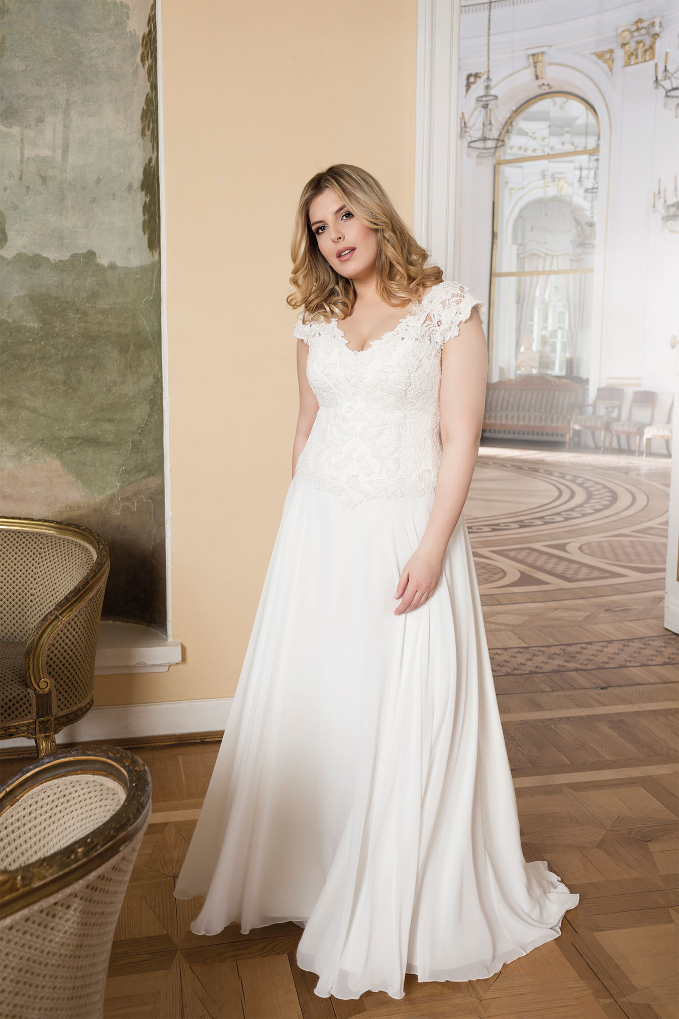 Lovely by Mode de Pol - Brautkleid lo-73t