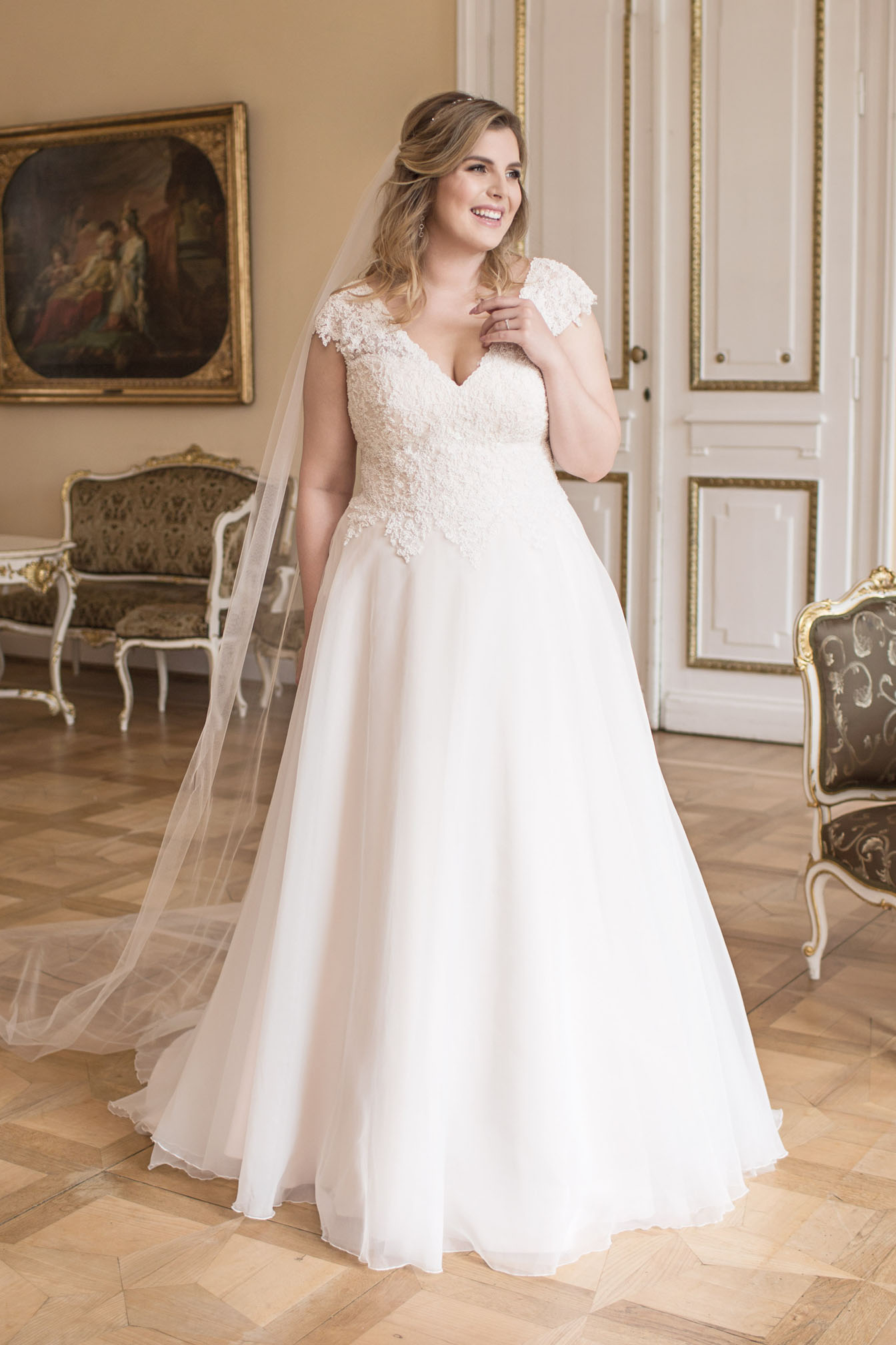 Lovely by Mode de Pol - Brautkleid lo-96